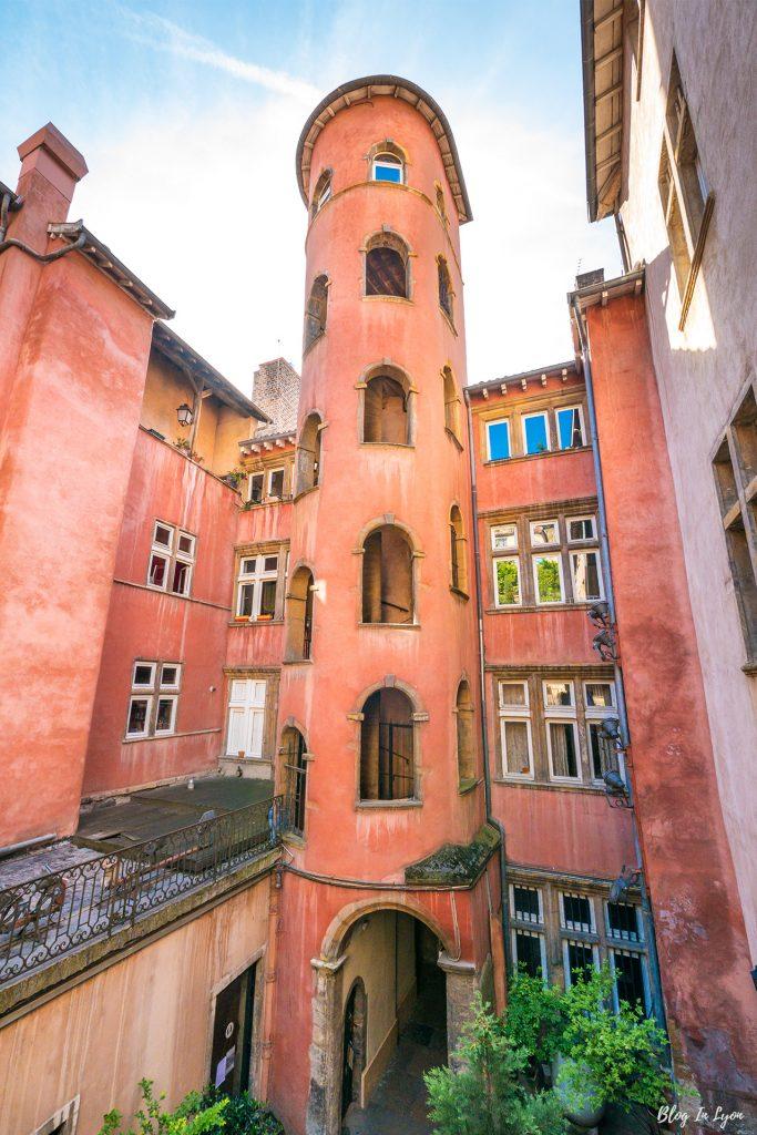 La Tour Rose, Vieux Lyon | Webzine Blog In Lyon