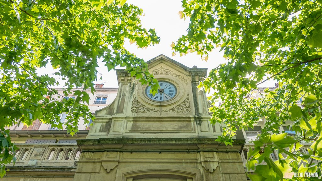 Visiter Lyon – Horloge 54bis rue Sala | Blog In Lyon