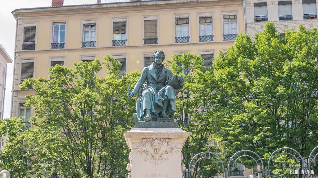 Visiter Lyon – Monument André-Marie Ampère | Blog In Lyon