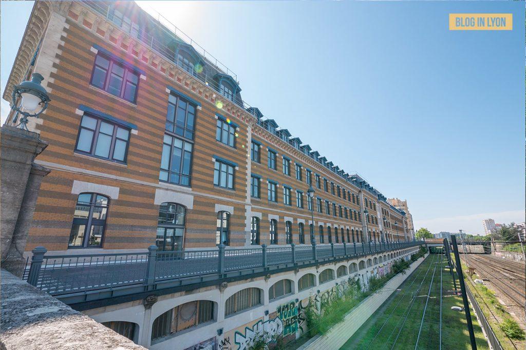 Visiter Lyon Fresques et murs peints - Manufacture des Tabacs   Blog In Lyon